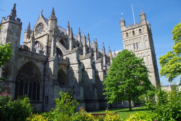 Exeter Cathedral - Holidays in Devon