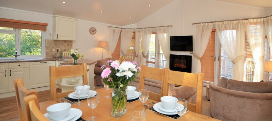 Holly Lodge Dining Area