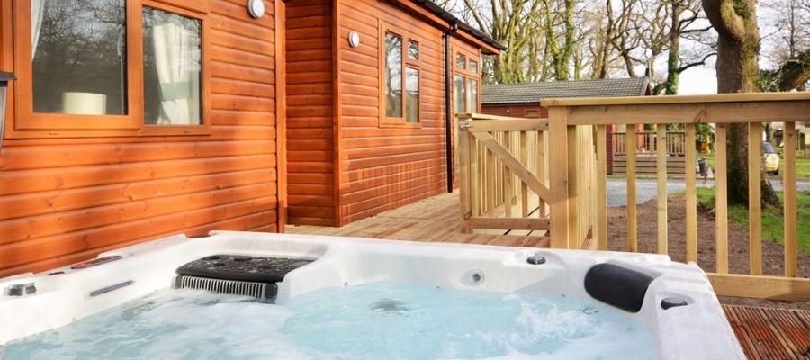 Maple Lodge Hot Tub